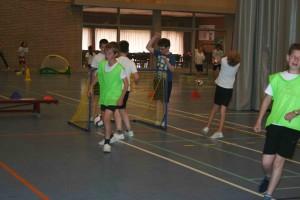 Sportbeurs in Sporthal denderhoutem Persregio Dender