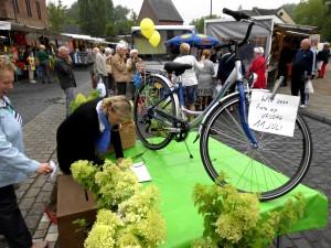 Feestmarkt in Haaltert win fiets Persregio Dender
