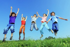 Spelende kinderen Persregio Dender