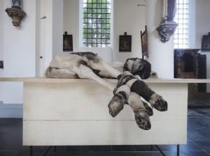 beeldhouwwerk-van-berlinde-de-bruyckere-persregio-dender