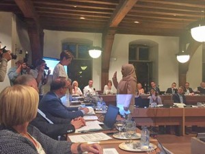 fatma-yildiz-legd-eed-af-als-gemeenteraadslid-in-aalst-persregio-dender