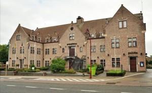 gemeentehuis-haaltert-persregio-dender