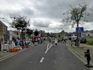 Rommelmarkt op Terlindenplein Persregio Dender