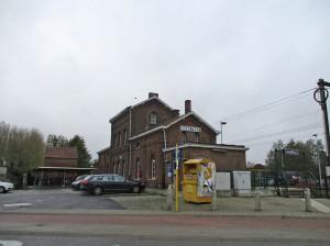 Haaltert stationsgebouwen Persregio Dender