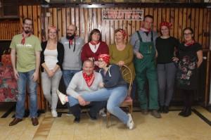 Toneelvereniging speelt Pension de hooizolder Persregio Dender