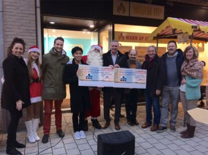 RWO ARA schenkt cheque aan vzw Schoonderhage Persregio Dender