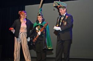 Prins Chena Ninove krijgt sleutels van stadhuis Persregio Dender