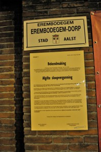 Bekendmaking sloop muur Pastorij Erembodegem Persregio Dender