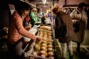Lokaal Markt met Oilsjterse ajoinkees Persregio Dender