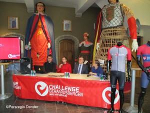 Muur Challenge Triathlon persvoorstelling 2018 Persregio Dender